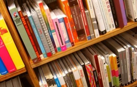 books-1562581-639x852_1